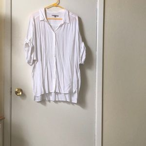 Gap white soft short sleeve button down